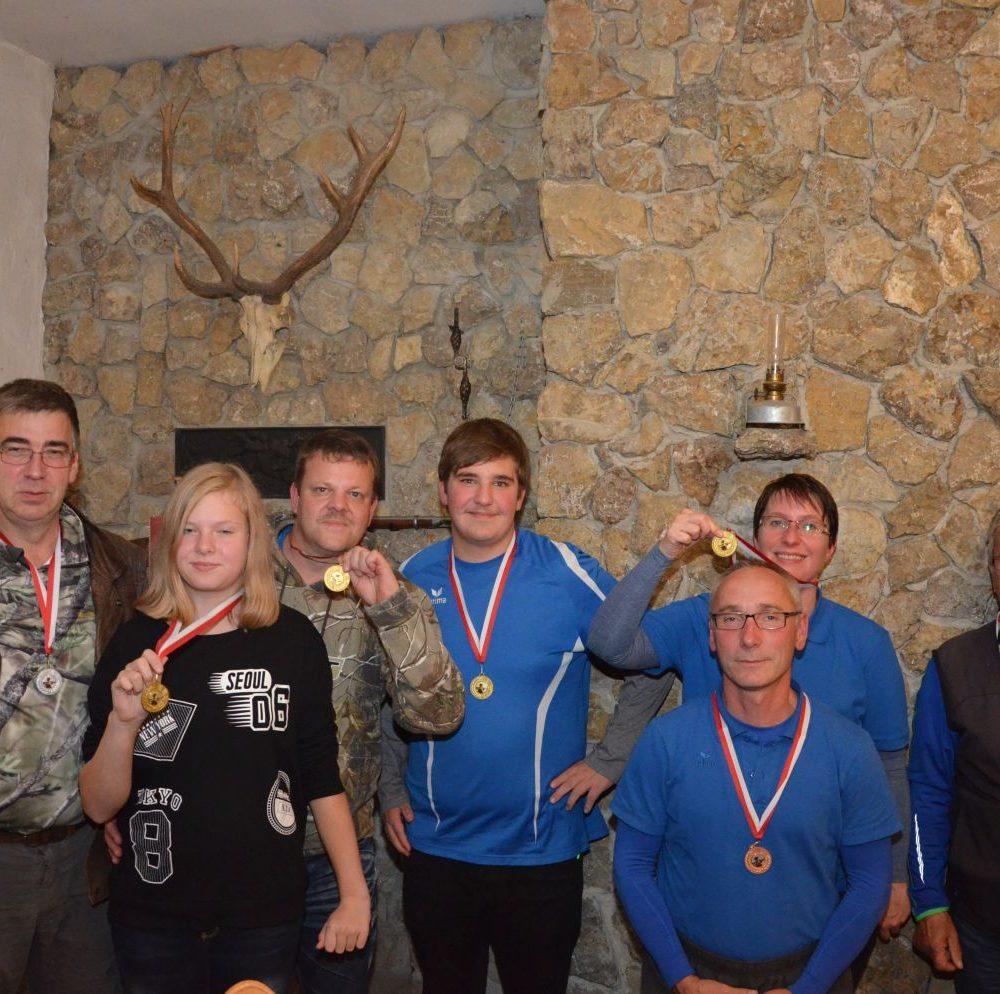 v.l.n.r.: Uwe Sinn, Leoni Kruska, Michael Kruska, Matthias Reichert, Andreas Schulze, Nicole Schulze, Ralf Ziegler